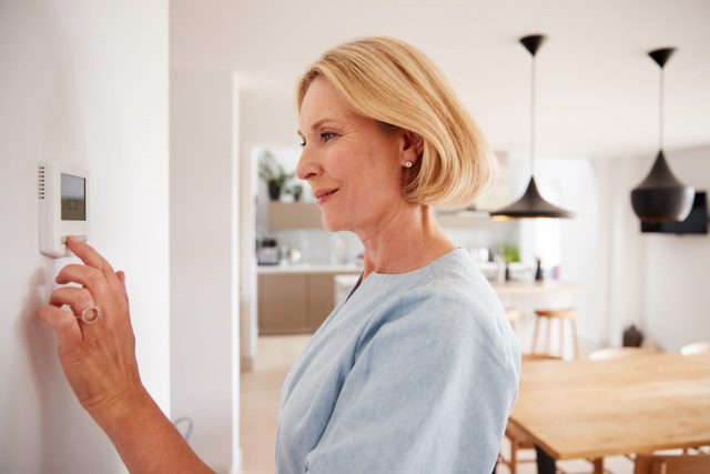 Combatir el helor de Murcia en tu hogar. Dos claves para ahorrar en calefacción